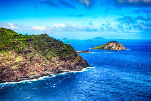 オアフ島「オアフ島ハワイの海岸の崖の空中写真」:スマホ壁紙(7)