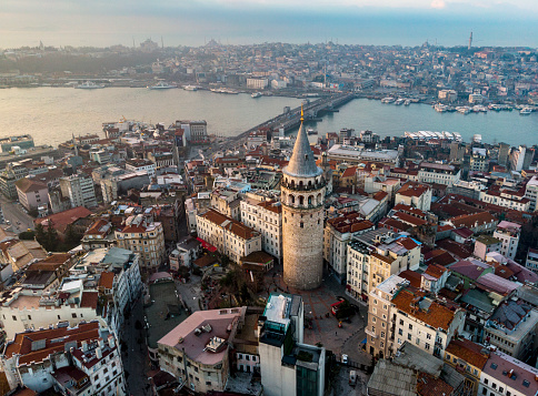 Turkish Culture「Aerial view of Galata Tower in Istanbul, Turkey」:スマホ壁紙(18)