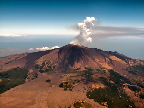 Volcano「Aerial view of Mount Etna, Sicily」:スマホ壁紙(14)