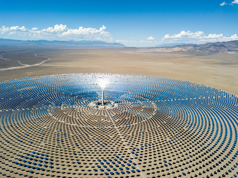 Large「Aerial View Solar Thermal Power Plant Station」:スマホ壁紙(12)