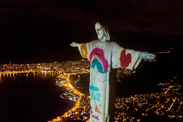 Rio de Janeiro「Act of Consecration of Brazil and Tribute to Medical Workers at the Christ the Redeemer Amidst the Coronavirus (COVID - 19) Pandemic」:写真・画像(6)[壁紙.com]