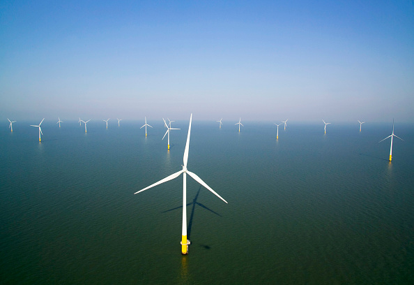 Greenhouse「aerial view of the Kentish flats windfarm showing the wind turbine generators off whitstable and herne bay in kent」:写真・画像(16)[壁紙.com]