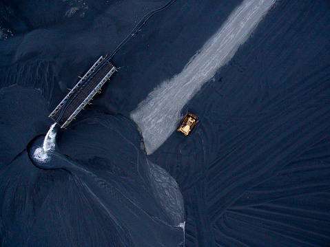 Earth Mover「Aerial View of Slag Field at Nickel Smelter, Thompson, Manitoba, Canada」:スマホ壁紙(16)