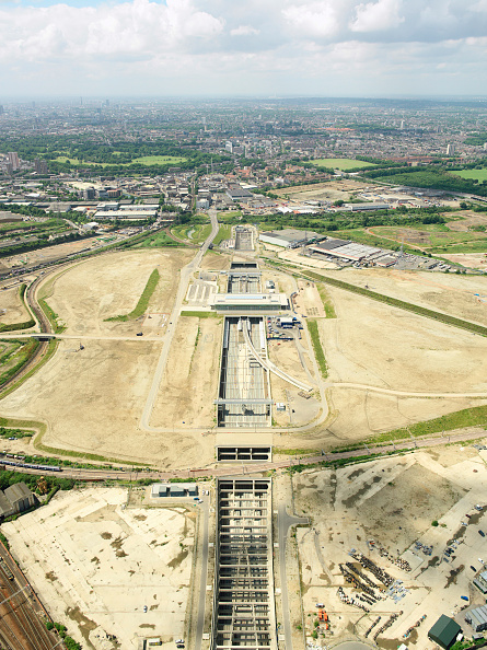 2012 Summer Olympics - London「Aerial view of the Olympic Park for the 2012 Olympic Games, Stratford, London Aerial images taken 22nd of June 2007 A quarter of the derelict site which is being transformed into the Olympic Park has been cleared Stratford International DLR rail station」:写真・画像(14)[壁紙.com]