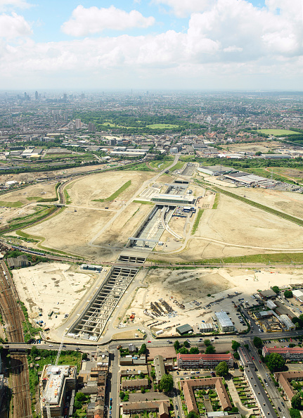 2012 Summer Olympics - London「Aerial view of the Olympic Park for the 2012 Olympic Games, Stratford, London Aerial images taken 22nd of June 2007 A quarter of the derelict site which is being transformed into the Olympic Park has been cleared Stratford International DLR rail station」:写真・画像(0)[壁紙.com]