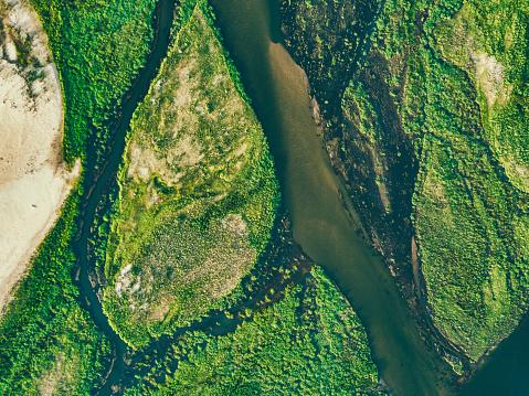 Planet Earth「aerial view on the green islands of zambezi river」:スマホ壁紙(3)