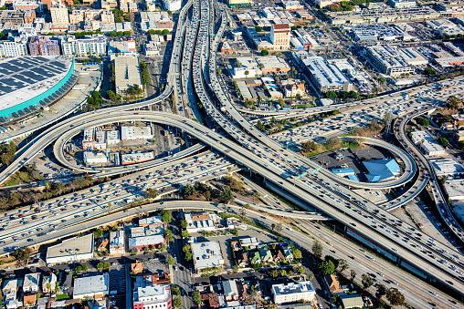 Elevated Road「Aerial View of Busy Freeway Interchange」:スマホ壁紙(9)
