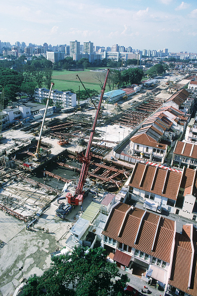 Mobile Crane「Aerial view of large scale construction site.」:写真・画像(13)[壁紙.com]