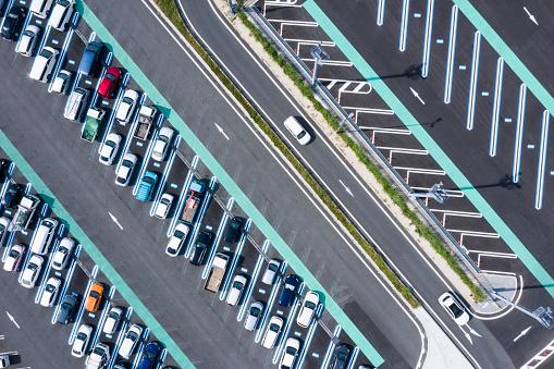 Car Dealership「Aerial view of the parking lot.」:スマホ壁紙(19)