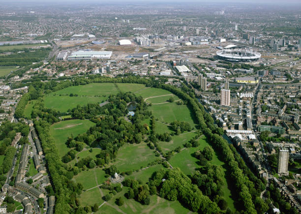Aerial view of Victoria Park and the Olympic site, London, UK:ニュース(壁紙.com)