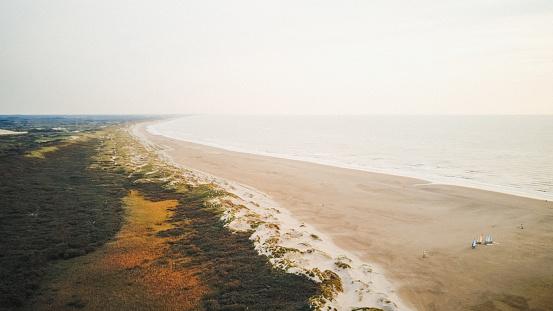 Ijmuiden「Aerial view of beach, IJmuiden, Holland」:スマホ壁紙(11)