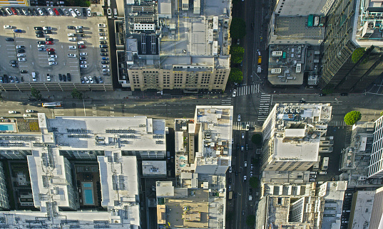 Urban Road「Aerial view of city intersection, Los Angeles, California, United States」:スマホ壁紙(18)