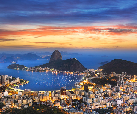 Housing Project「Aerial view of Rio de Janeiro Brazil with Guanabara Bay and Sugar Loaf at night」:スマホ壁紙(5)