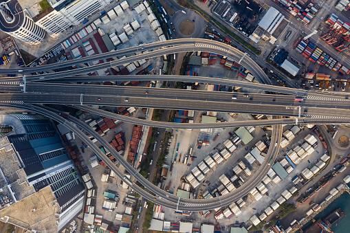 Choosing「Aerial view of traffic and overpasses in Hong Kong」:スマホ壁紙(19)