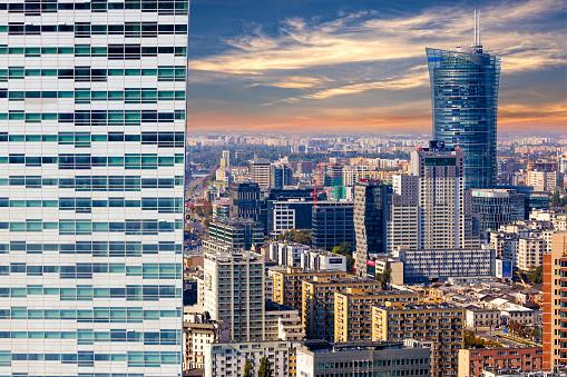Poland「Aerial view of center of Warsaw, Poland」:スマホ壁紙(18)
