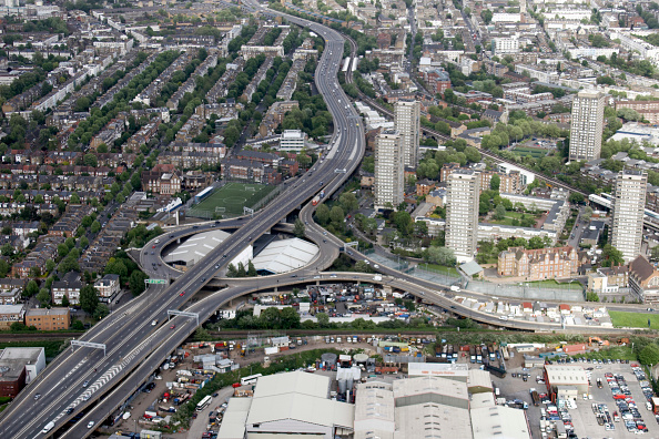 North「Aerial view north east of Westway Sports Centre, A40, West Cross Route, industrial buildings, residential buildings in London, North Kensington, White City, Royal Borough of Kensington and Chelsea, UK」:写真・画像(18)[壁紙.com]