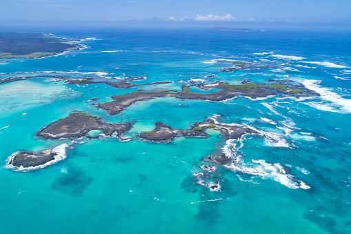 ガラパゴス諸島「美しいラスベガス Tintoreras、イスラ イサベラ島、ガラパゴス諸島、エクアドルの航空写真」:スマホ壁紙(17)