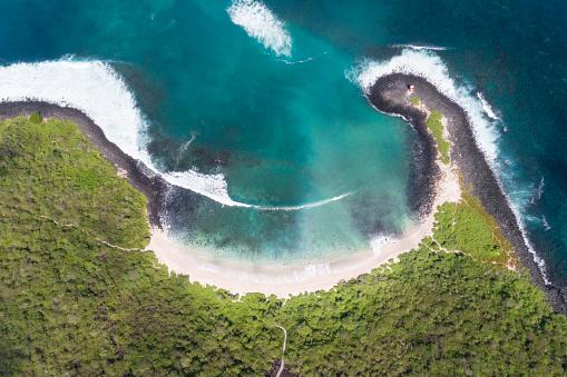 ガラパゴス諸島「美しいプラヤ プンタ キャロラ ビーチ、サン ・ クリストバル、ガラパゴス諸島は、エクアドルの航空写真」:スマホ壁紙(16)