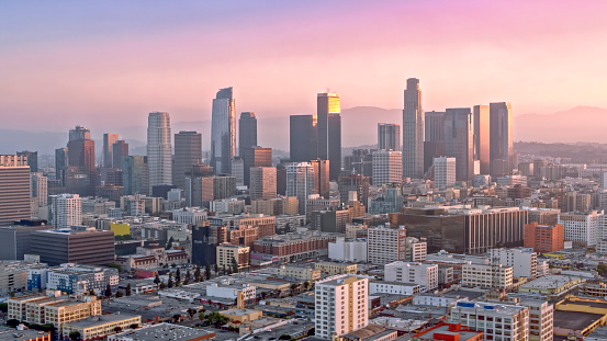 City Of Los Angeles「Aerial view of cityscape of Los Angeles shining at sunrise」:スマホ壁紙(14)