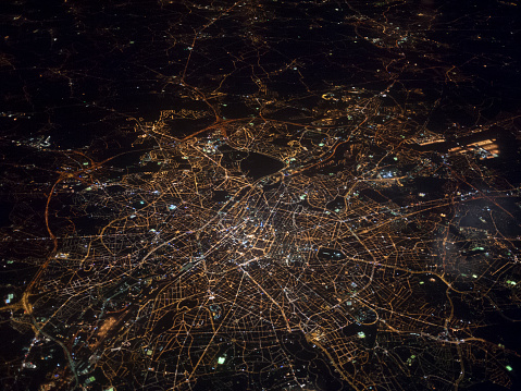 Illuminated「Aerial view of Brussels at night」:スマホ壁紙(16)