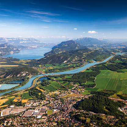 Lake Bourget「Aerial view of beautiful French landscape in Bugey mountains, in Ain department Auvergne-Rhone-Alpes region, with Culoz small town, the Rhone River and famous Lake Bourget in background in summer」:スマホ壁紙(12)