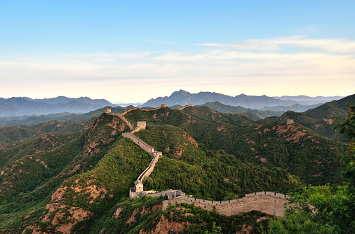UNESCO World Heritage Site「Aerial View of the Great Wall at Morning, China」:スマホ壁紙(10)