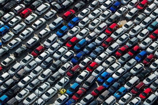 Bestof「Aerial view of parked cars」:スマホ壁紙(0)