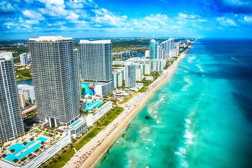 Miami Beach「南フロリダの海岸線の空撮」:スマホ壁紙(10)