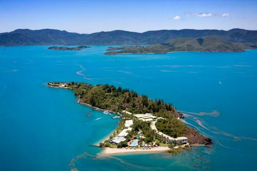 Queensland「Aerial view of Daydream Island, Whitsundays, Queensland, Australia」:スマホ壁紙(5)