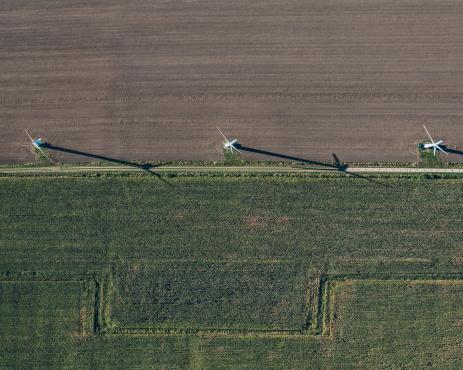 Wind Turbine「Aerial view of wind turbines on field」:スマホ壁紙(2)