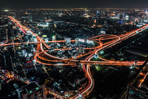 Elevated Road「Aerial view of road intersection at night」:スマホ壁紙(7)