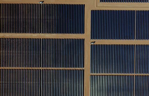 Solar System「Aerial view solar farm in the desert.」:スマホ壁紙(3)