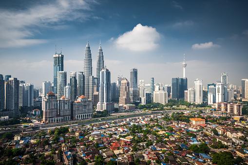 Kuala Lumpur「Aerial View of Kuala Lumpur Skyline」:スマホ壁紙(12)