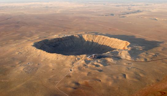 Destruction「Aerial view of Barringer crater (meteor impact) in Arizona」:スマホ壁紙(17)