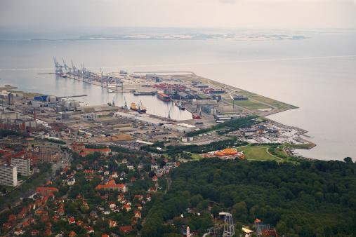 Arhus「Aerial view of harbor area in a city」:スマホ壁紙(6)