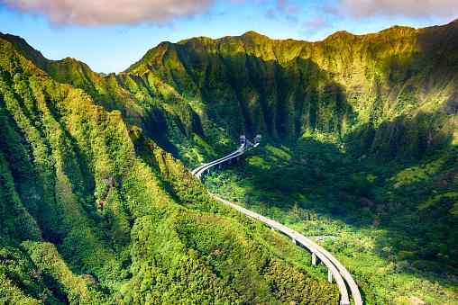 Oahu「Aerial View of Interstate H-3 Near Honolulu」:スマホ壁紙(8)