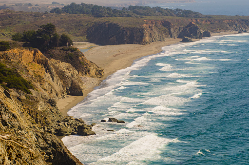 Big Sur「Aerial view of ocean and beach」:スマホ壁紙(17)