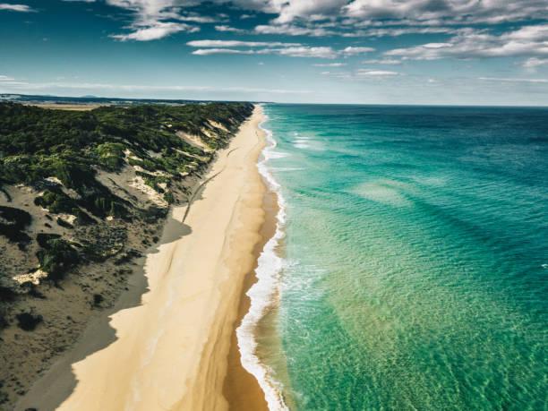 南オーストラリアの海岸線の空中写真:スマホ壁紙(壁紙.com)