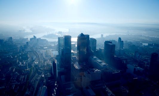Vitality「Aerial View of Canary Wharf at Dawn」:スマホ壁紙(15)
