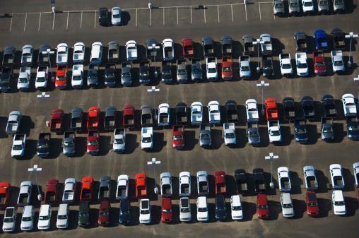 Car Dealership「Aerial view of parking lot」:スマホ壁紙(13)