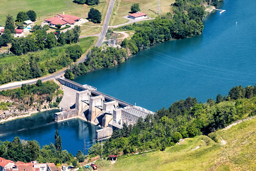 Ain - France「Aerial view of small hydroelectric power dam built structure on Ain river in France in summer season」:スマホ壁紙(11)