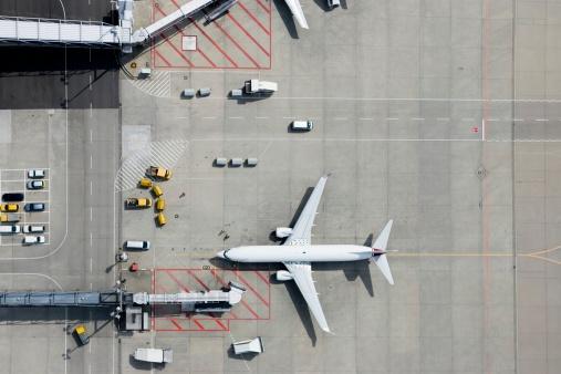 Road Marking「Aerial view of airplane」:スマホ壁紙(13)