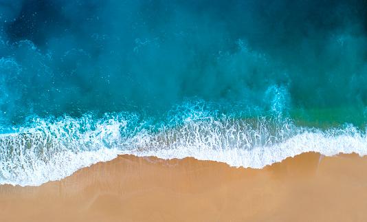 Coastline「Aerial view of clear turquoise sea」:スマホ壁紙(2)