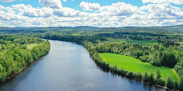 Dalarna「Aerial view over Dalälven」:スマホ壁紙(18)
