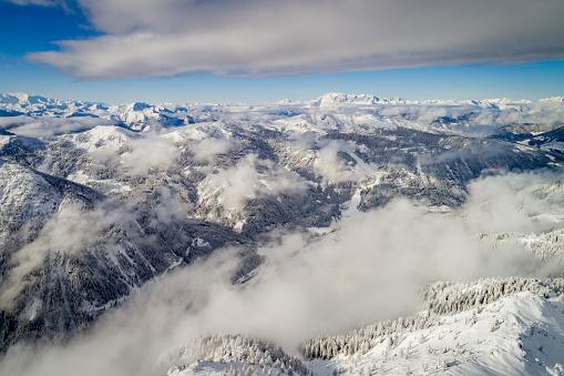 雪「Aerial view of winter landscape, Zauchensee, Salzburg, Austria」:スマホ壁紙(9)