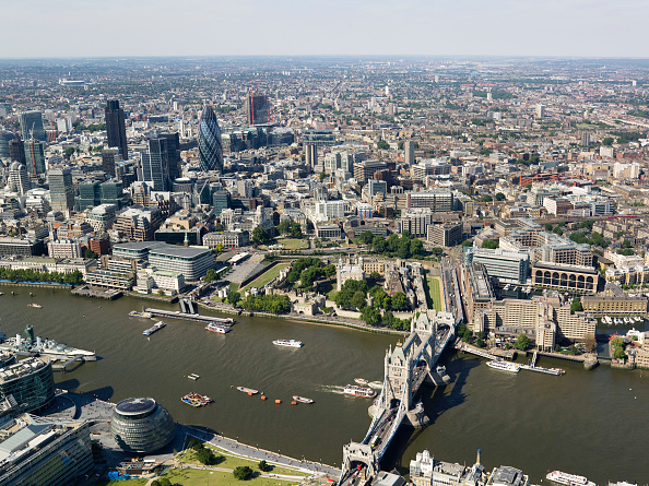 Cityscape「Aerial view of Tower Bridge & City of London, London, UK」:写真・画像(15)[壁紙.com]