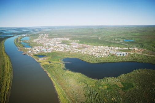 1990-1999「Aerial view of Inuvik in Nunavut, Canada」:スマホ壁紙(14)