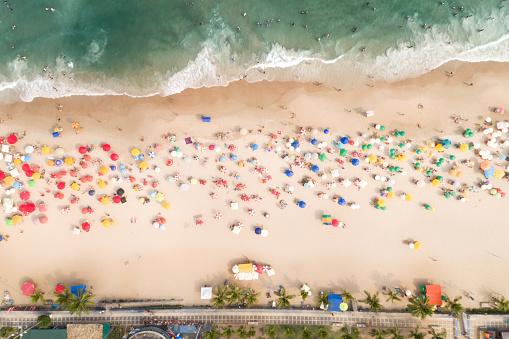 Unrecognizable Person「Aerial View of Guaruja Beach in Sao Paulo, Brazil」:スマホ壁紙(8)