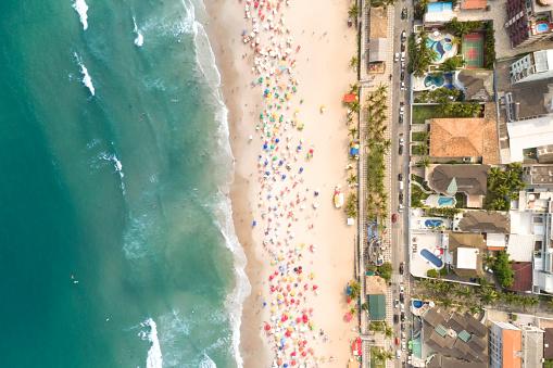 Unrecognizable Person「Aerial View of Guaruja Beach in Sao Paulo, Brazil」:スマホ壁紙(1)