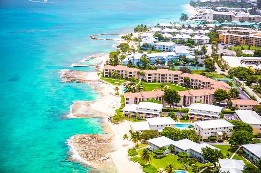 ケイマン諸島「上空から見た海岸のグランドケイマン(ケイマン諸島)」:スマホ壁紙(13)
